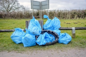 10 rubbish bags